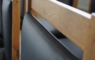königherz Polsterei: Vollholzstühle mit hochwertigem Echtleder neu bezogen